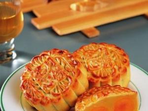 中秋节:选月饼、评月饼、送月饼
