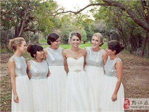 银光闪亮的伴娘亮片礼服,时髦风