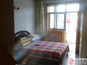 离石市中心紧靠一中二小的房屋带家具家电出售