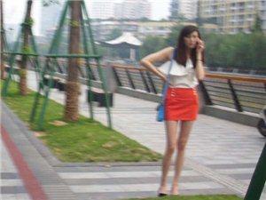 在西城客运站附近拍了几张美女图片