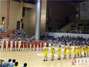 2013年寻乌县篮球联赛-力帆摩托队VS晨光队(图)