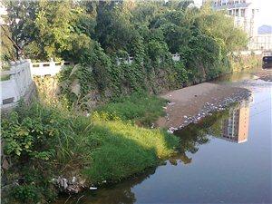 资溪人的杰作:垃圾就往河里倒