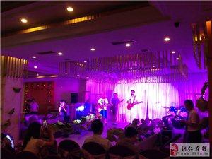 品红洒:过中国人的情人节――走进铜仁欣缘益婚庆