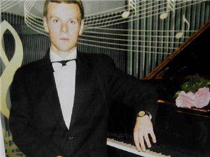 [原创]内江大型演奏会(国际钢琴大师-保罗.涅杜克倾情演出)