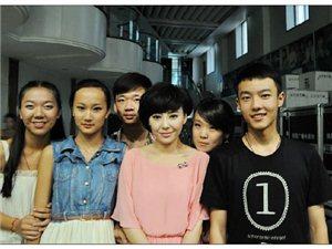 [分享]蓝艺学员走进省台《都市主播梦》