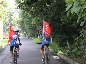 2013年9月12日峨眉骑行界牌玫瑰庄园