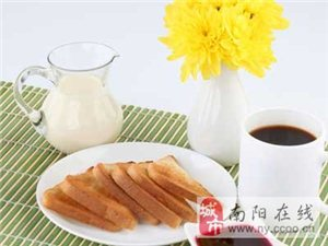 早餐4种吃法让人更年轻 清粥配小菜最易伤肝肾