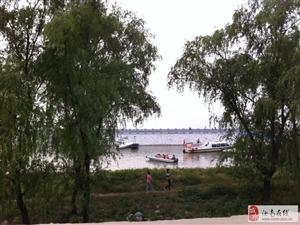 前天宿鸭湖旅游的人真多啊!