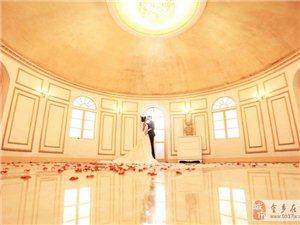 亲们,马上就要拍婚纱照了,帮忙看看哪款婚纱最漂亮?