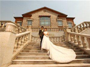 完美新娘必备的三套婚纱礼服