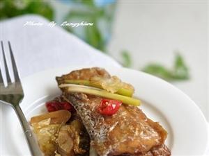 泡菜红烧带鱼