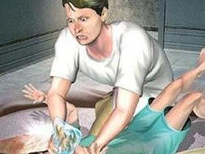 男子趁妻子回老家强奸亲生女儿