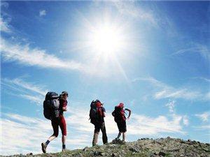 高海拔登山�r如何�A防�水