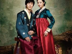 经典的韩服婚纱照 传统韩服的魅力华美