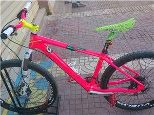 自己动手改涂装,文山第一骚碳纤维自行车