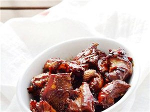 教你制作砂锅红烧鸡肉