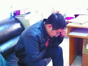 郑州一公交车长被老太太辱骂一分钟后晕倒