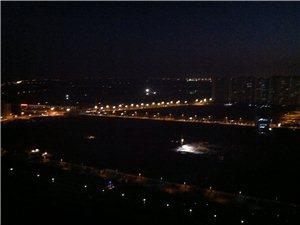 夜晚的六合城挺美!