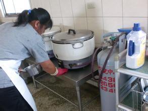 厨房清洁保养不再急2014春节干净过好年