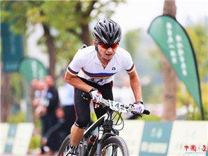 陈海涛:最坚强的选手 没有坐垫骑行30公里