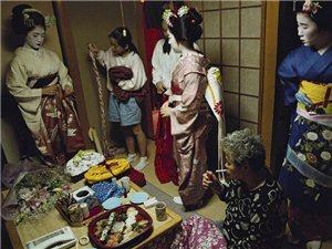 代表日本的面孔 神秘之美的红唇艺伎
