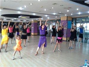 创盈国际拉丁舞2014春季开始招生了!