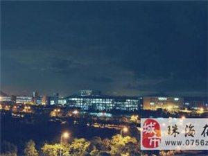 有凌晨5�c的大吉珠,有傍晚�r分的天�Z湖,有�堂�琼�拍的吉珠夜景