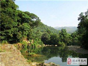 猴叫山溯溪,遇�瀑布群,遇�山水美
