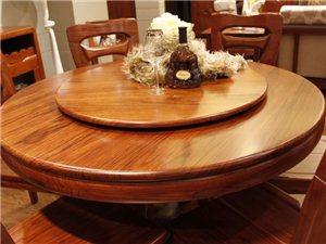 泰�Z 926�A餐桌