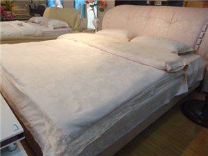 B901软床+床垫+床头柜+床上用品