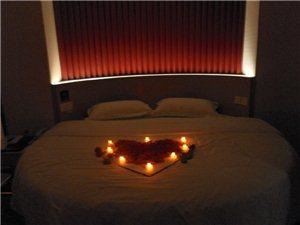 浪漫圆床房