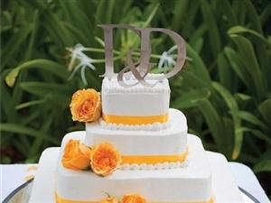 婚礼蛋糕上的顶部创意