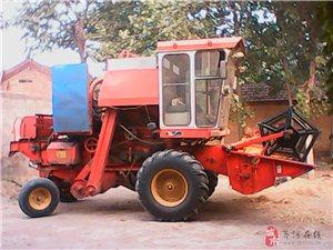出售大型小麦收割机