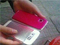 苹果诺基亚两只手机出售