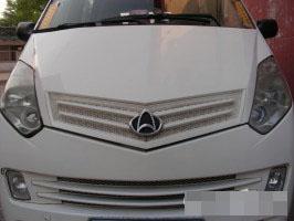 白色商务多功能车长安CM8 低价转让 可接受轿车置
