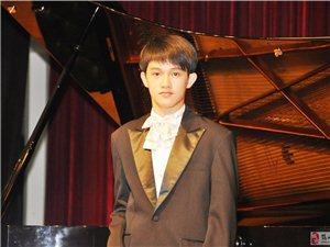 鋼琴招生(任凌楓:美國頂尖音樂學院鋼琴本科生)