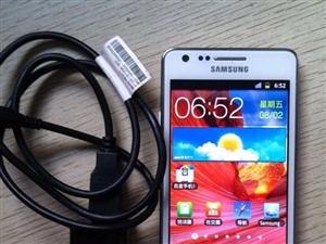 三星i9100,九成新,白色国行,带原装数据线