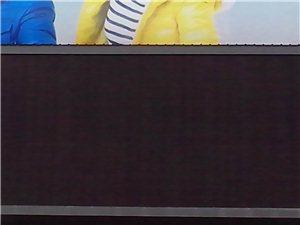 低价出售九成新广场大屏幕