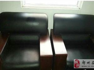 郑州出售办公沙发9.9新没用过