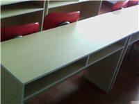 出售十套課桌椅