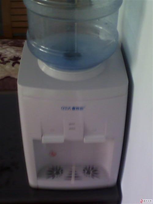 出售台式饮水机一台