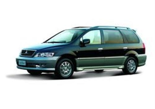 9成新的7人坐商务车三菱菱绅豪华型11万出售
