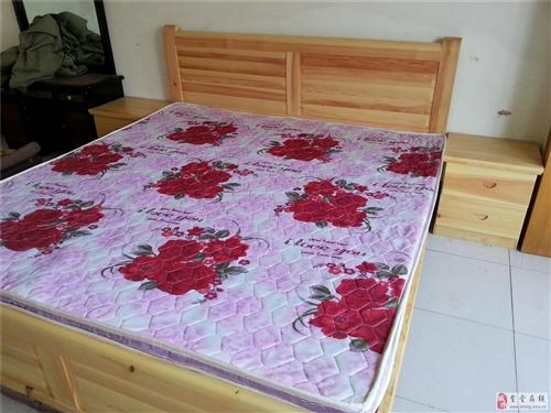 2米木床帶2個木床頭柜+床墊