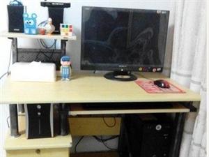 高档多功能型电脑桌