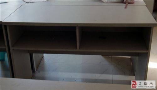 文件柜及办公桌出售