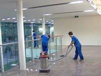 承接保洁服务包括:厂房办公楼开荒保洁、家庭(开荒)