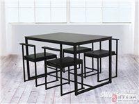 出三张宜家家具桌凳