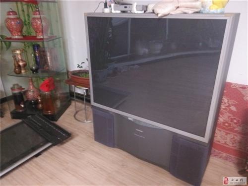 低价出售大电视一台