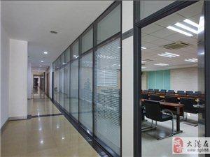 海淀区安装玻璃隔断酒店玻璃门加装