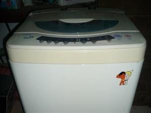海尔全自动洗衣机(双动力5.0KG,8成新)